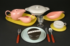 Russel Wright plastic child's American Modern with Hostess cupcake