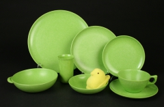 2020.85 Branchell Spray Lime Kaye LaMoyne Color Flyte Melmac plastic dishes with plush peep