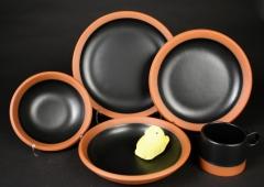 Paul Eshelman 2020.87 red stoneware Wide Rule Dinnerware with peep