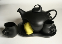 Saenger Porcelain teaset with plush Peep
