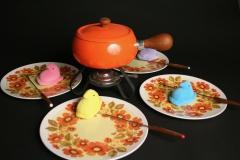 orange enamel fondue set with Mallory Melmac Mallo-Belle plates with peeps