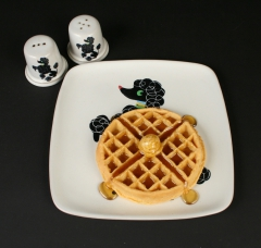 Glidden Pottery Chi Chi poodle with waffle