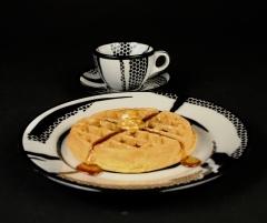 Roy Lichtenstein with waffle 1966 Jackson China